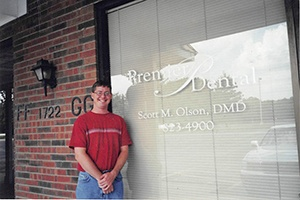Dr. Scott Olson in front of his practice